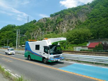 道路探査車